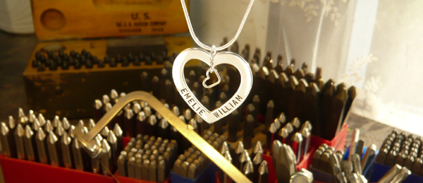 Namenecklace, Silverheart with handstamped love